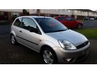 FORD FIESTA ZETEC 1.4 PETROL LOW MILES 3DOOR HATCHBACK