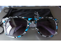 Ray Ban Rayban Wayfarer Sunglasses Polarised High Quality with Case