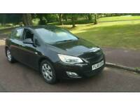 VAUXHALL ASTRA 1.3 DIESEL 2010 DIVES WELL £20 tax per year!!!!!!!!!!!