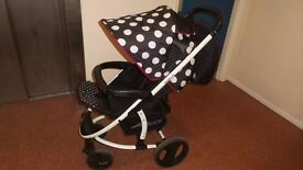 Hauck polka dots travel system