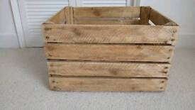 Rustic vintage crate sanded box shelf table