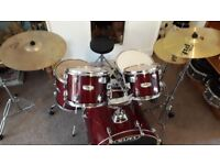 Mapex M Series 5 piece full kit with Sabian XS series cymbals