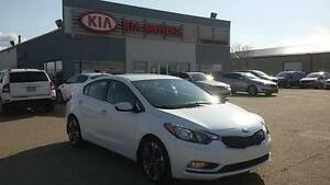 2015 Kia Forte 2.0L EX PST Paid - Backup camera - Accident Free