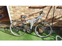 18 Inch frame Mountain Bike Dunlop special edition silver / black