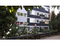 Bright and spacious 3 bed flat available in Southfields