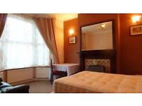 Double, Single room for 1 FemaIe in a House Flat Share