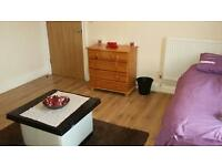1 bedroom in Cliffe Villas- Rooms To Let