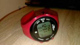 Crane GPS running watch with HRM and charging cradle