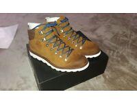 Sorel Men's Madson Hiker Waterproof Classic Boots