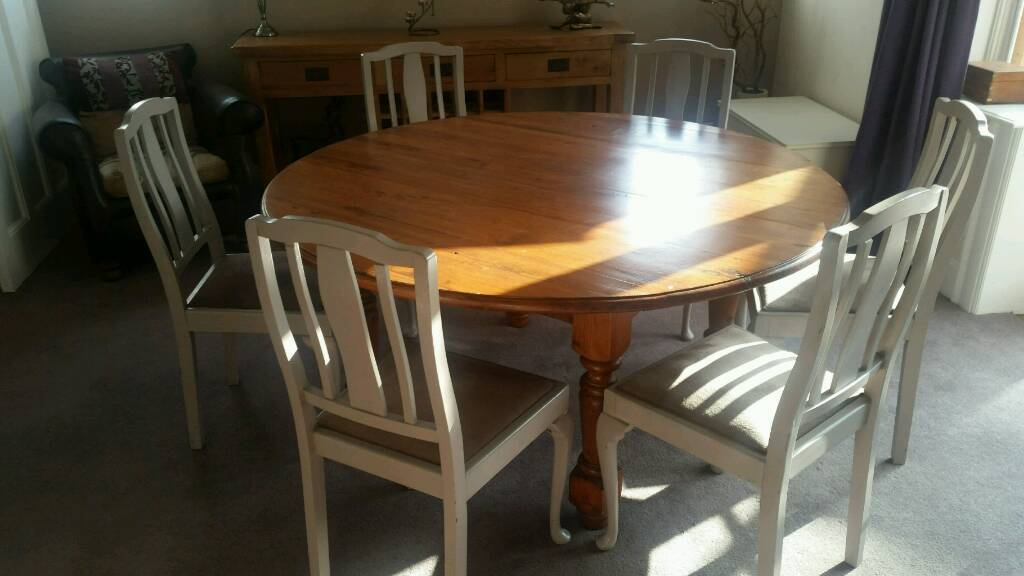 Fine Round Dining Table In Good Condition In Holywood County Down Gumtree Download Free Architecture Designs Scobabritishbridgeorg