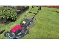Honda hrh 535 21 inch roller lawnmower £375