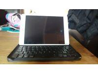 Ipad mini one with Bluetooth keyboard cover