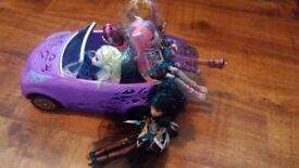 Monster High car & 5 dolls