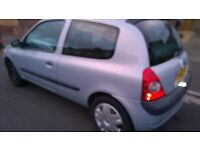 Renault Clio , 1.2 manual, very economical, 12 Months MOT remote Very Clean Inside only 450