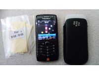 BlackBerry Pearl 3G 9105 with original leather case - Black (Mint Condition-Unlocked)