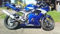 YAMAHA R6-mint condition