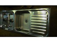 Caravan/ Motorhome cooker sink assembly