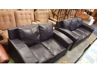 Black Leather Modern Three-seater and Two-seater Sofas in Excellent Condition