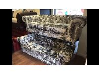 velvet chesterfield sofa excellent quality 10 year warranty feather cushions