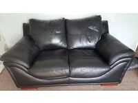 3 SEATER & 2 SEATER BLACK HARVEYS LEATHER SOFA, GREAT QUALITY .