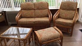 RATTAN SUITE TOP QUALITY RRP 1100 CA N DELIVER FREE