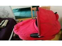 Quinny buzz 2 carrycot / Moses basket for buggy