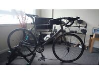 Giant defy 5 2013 road bike with turbo trainer