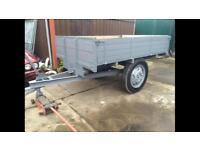 Mint tipping trailer for tractor