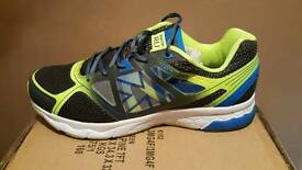 Running trainers size 10