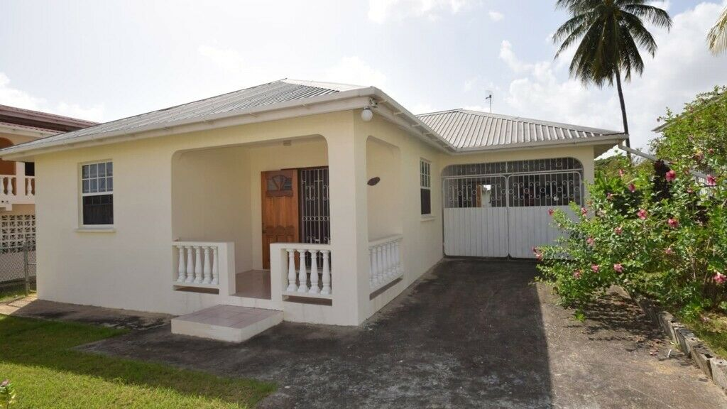 Astounding Barbados Large 3 Bed 2 Bath House For Sale In Maxwell Near Beach Oistins Christchurch In Gosport Hampshire Gumtree Interior Design Ideas Gentotthenellocom