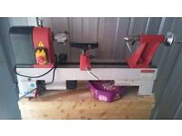 Woodturning lathe, axminster AH-1218, perfect order with bandsaw, dust extraction, grinder.