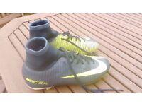 Nike Mercurial Size 4 football sock boots
