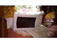 Electric microwave oven in wood Gree