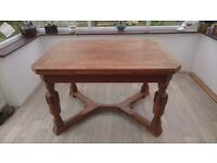 solid oak extendable dinning table