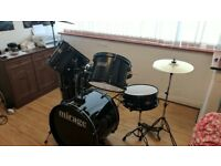 Brand New Mirage Raven Full Size 5 Piece Drum Kit