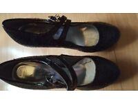 kelly brook glittery black heels size 4