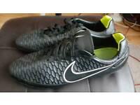 Nike Magista Orden SG football boots - Black/Volt/White - size 12 UK