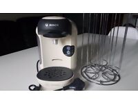 BOSCH Tassimo Caffee Machine + 48 T-Discs Pod Holder