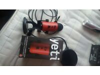 Blue Yeti crimson special edition comes with box never been used but open