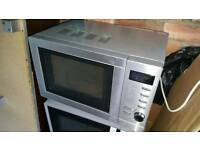 Clean good working microwave.