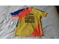 Raleigh - ITM - Suntour - Selle Royal - Reynolds Cycling Top.