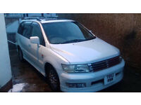 MITSUBISHI SPACEWAGON CHARIOT GRANDIS 2.4 AUTOMATIC 1999 MODEL 7 SEATER /TOYOTA