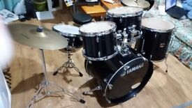 YAMAHA GIGMASTER DRUM KIT BLACK GOOD CONDITION AND QUALITY IDEAL FIRST KIT BARGAIN £280