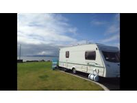 **Lunar Freelander 2005' 4 berth fixed double bed