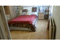 SPACIOUS DOUBLE ROOM WITH PRIVATE GARDEN..NEWLY AVAILABLE..ALL BILLS INCLUDED