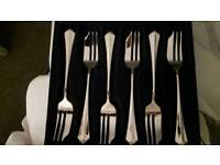 Oneida juilliard 6 pastry forks