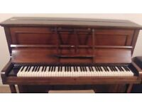 CHALLEN piano in excellent condition