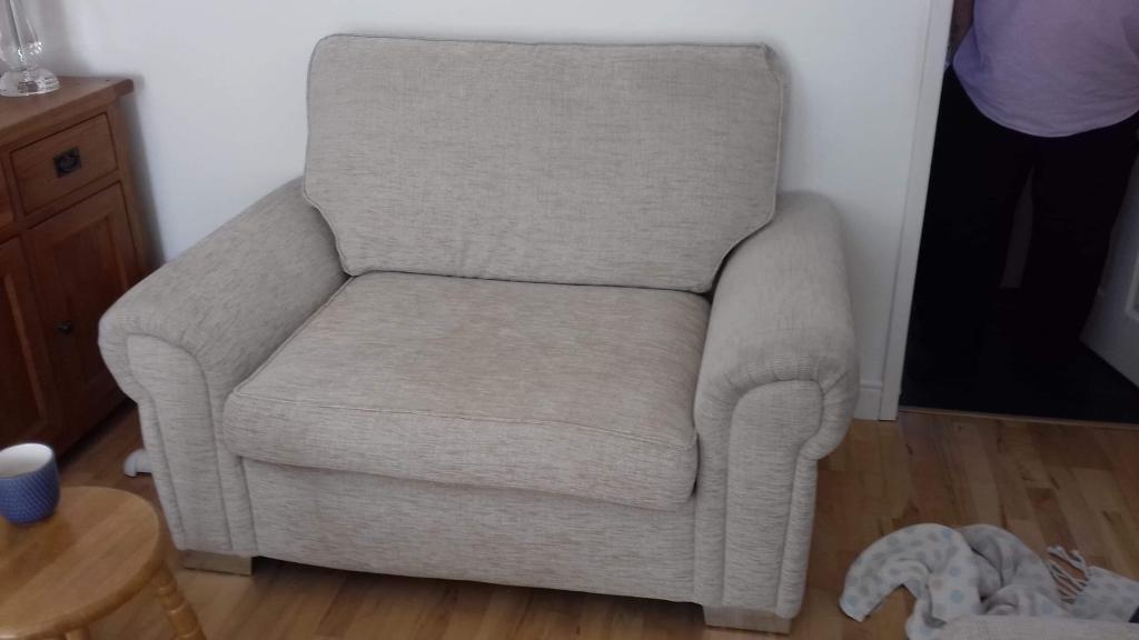 6701884ea 2 seat sofa + loveseat. Wakefield ...