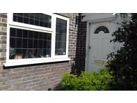 One Bedroomed Ground Floor Garden Flat to Rent with Sun Room