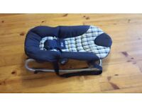 Baby bouncer/recliner seat